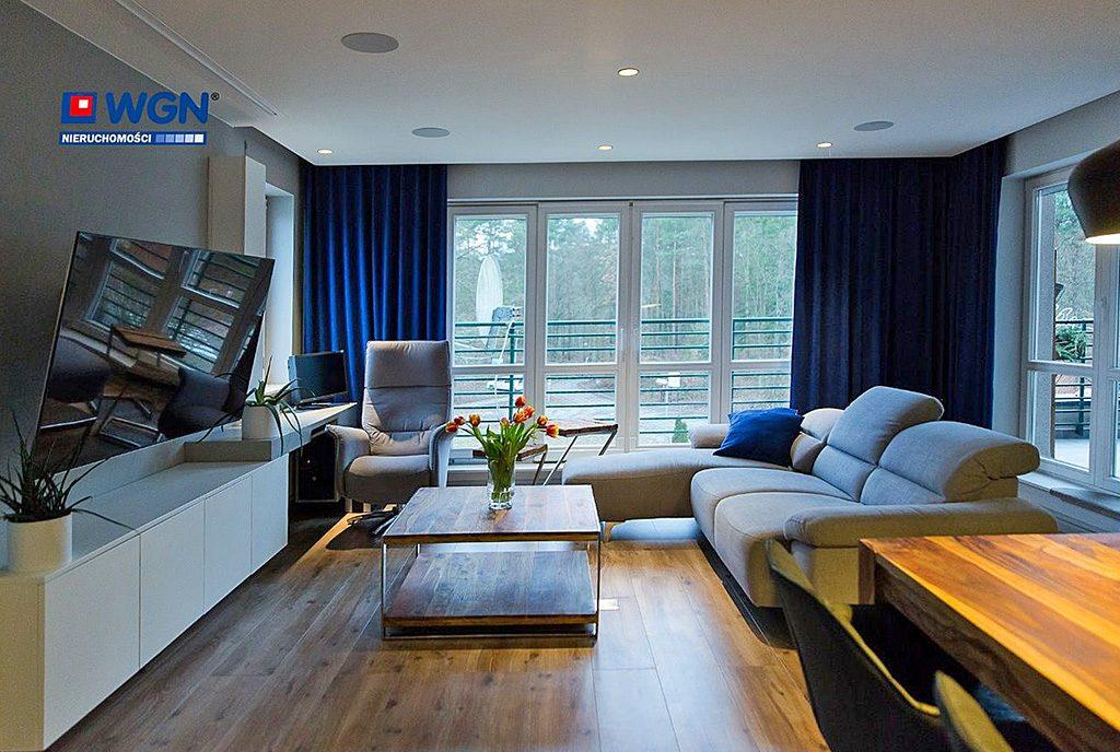 prestiżowy salon w ekskluzywnym apartamencie do sprzedaży Gdańsk