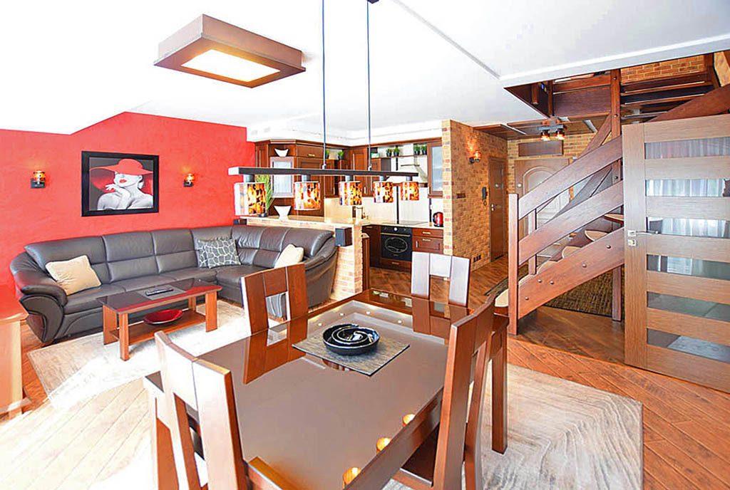 przestronny salon w ekskluzywnym apartamencie do sprzedaży Suwałki