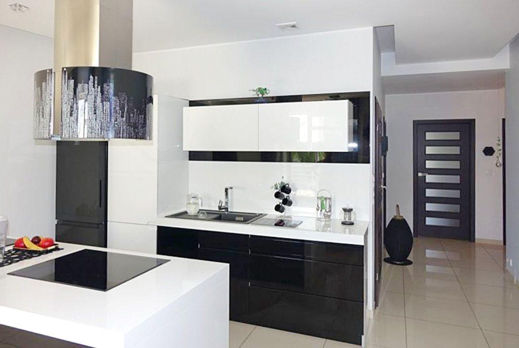 nowoczesna kuchnia w ekskluzywnym apartamencie do sprzedaży Toruń (okolice)