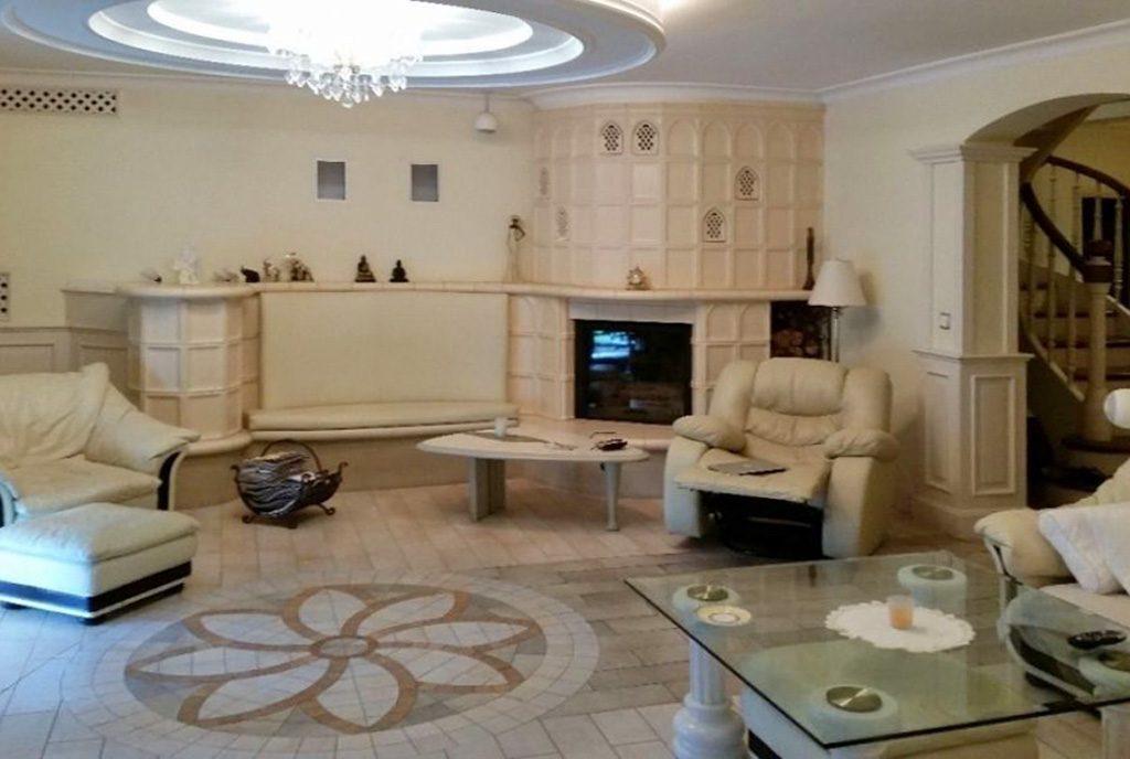 wytworny salon w luksusowej willi na sprzedaż Katowice