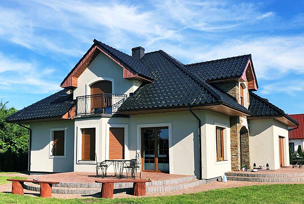 frontowa elewacja luksusowej willi na sprzedaż Gorzów Wielkopolski