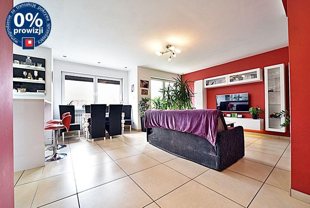 komfortowe wnętrze ekskluzywnego salonu w luksusowej willi do sprzedaży Zgorzelec (okolice)