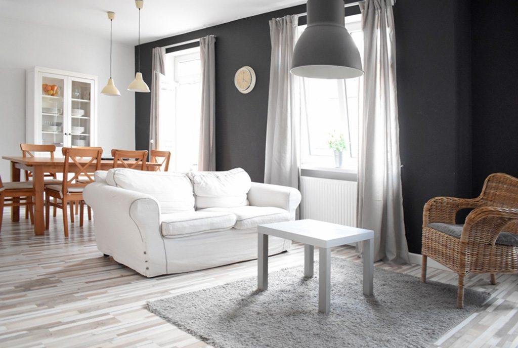 eleganckie wnętrze salonu w luksusowym apartamencie na sprzedaż Kalisz
