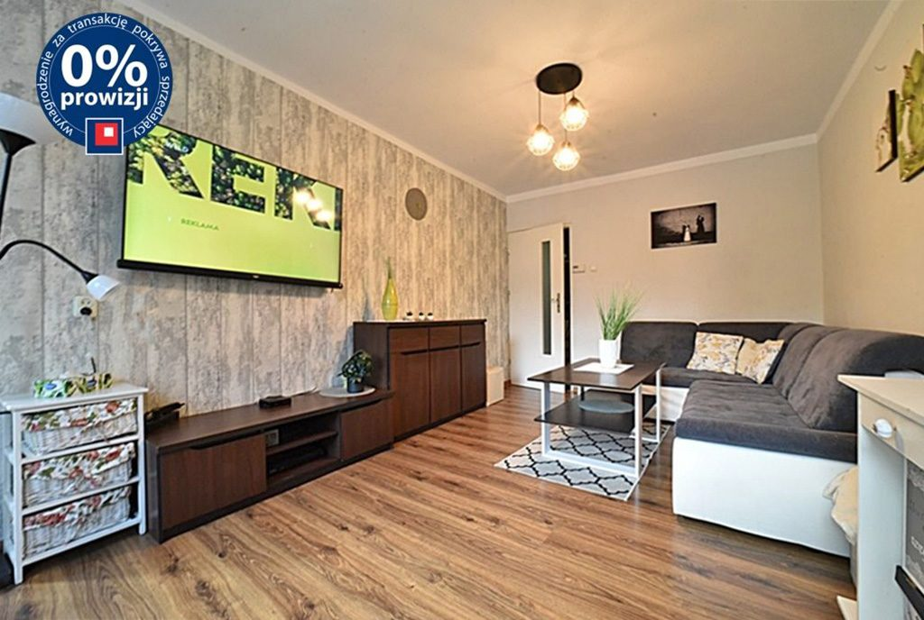 słoneczny salon w ekskluzywnym apartamencie do sprzedaży Bolesławiec