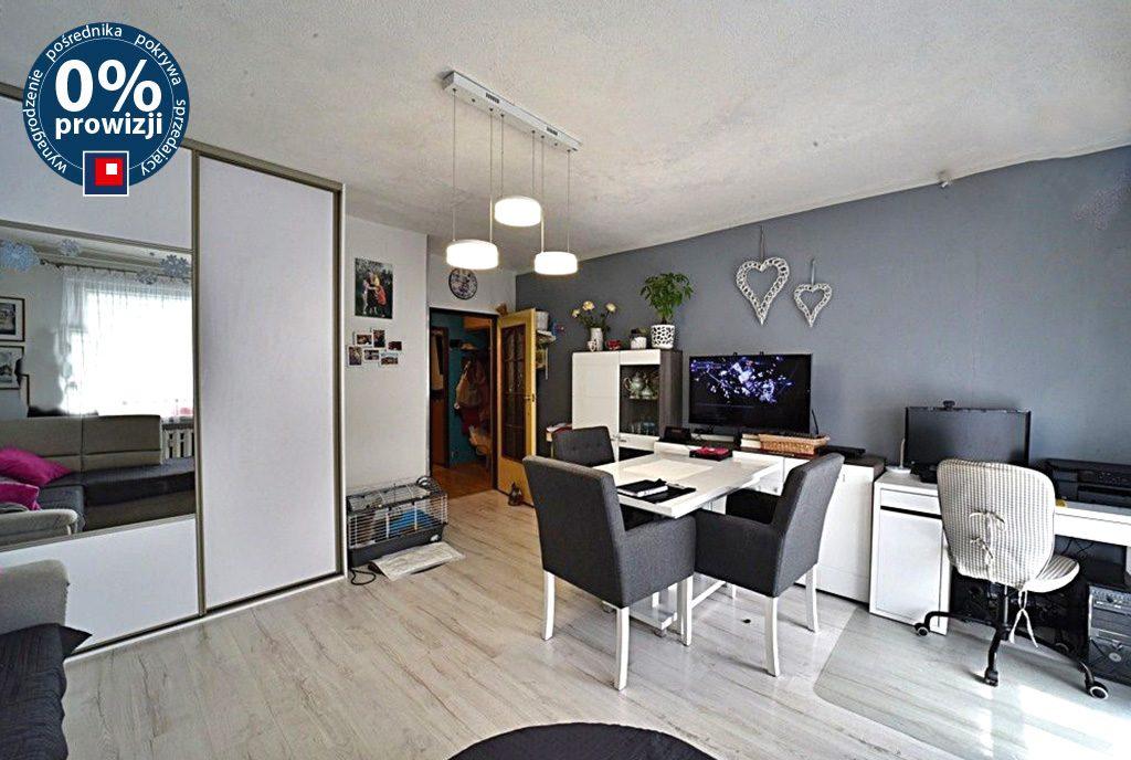 przestronne wnętrze ekskluzywnego apartamentu do sprzedaży Lwówek Śląski