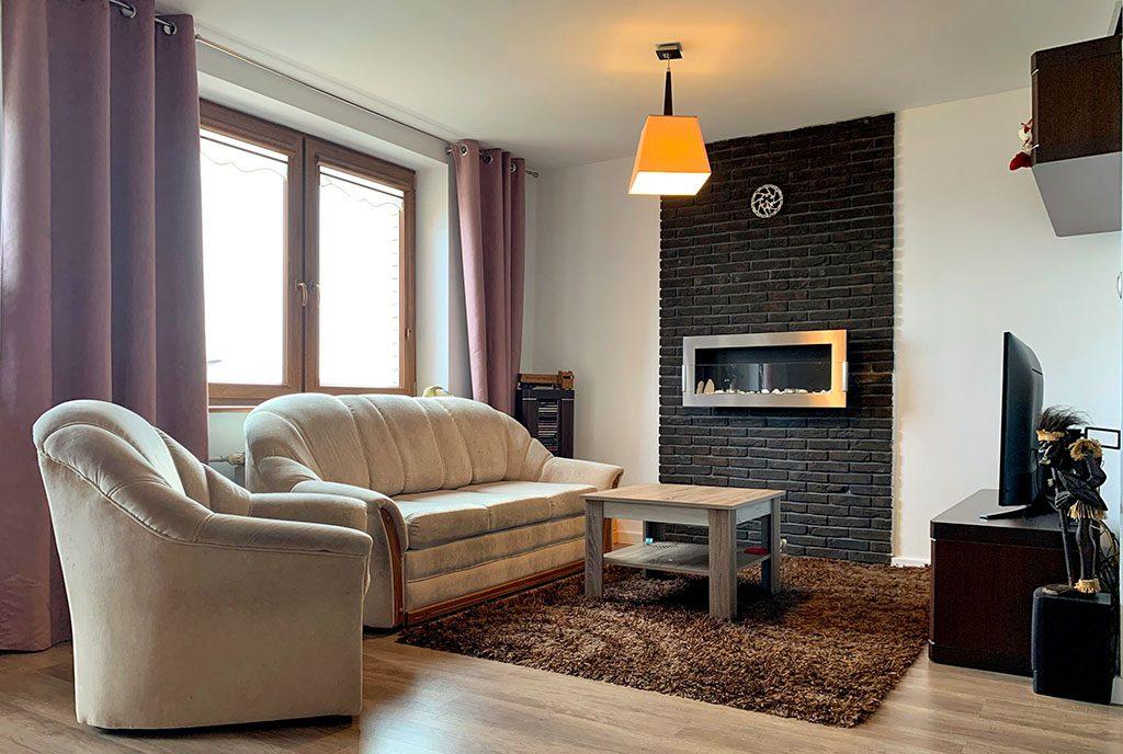 wytworny salon w ekskluzywnym apartamencie do sprzedaży Konin