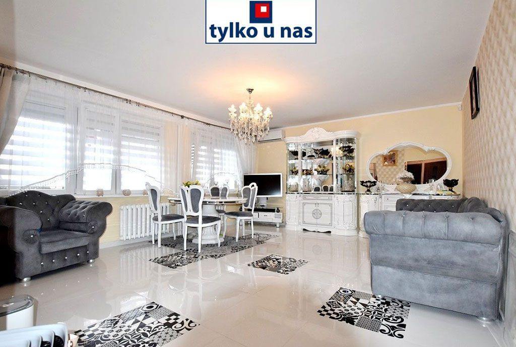 wytworny pokój dzienny w luksusowym apartamencie na sprzedaż Inowrocław