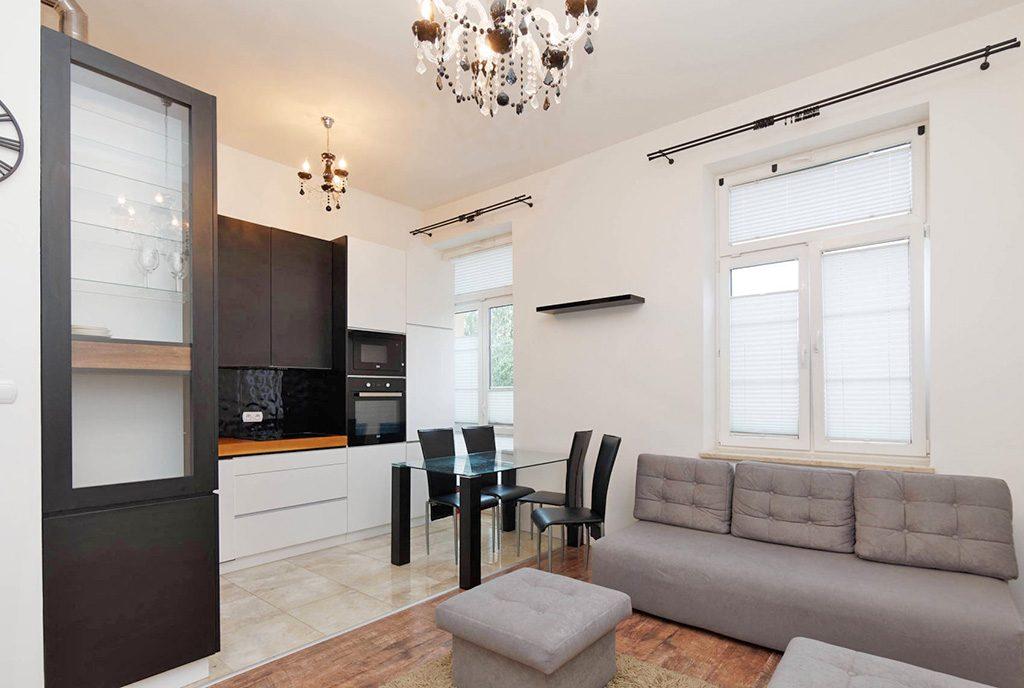 modny design salonu w ekskluzywnym apartamencie do sprzedaży Tarnów