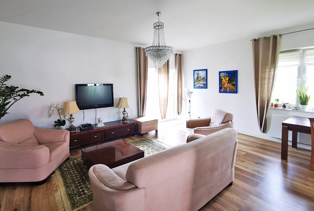 elegancki salon w ekskluzywnej willi do sprzedaży Kalisz (okolice)