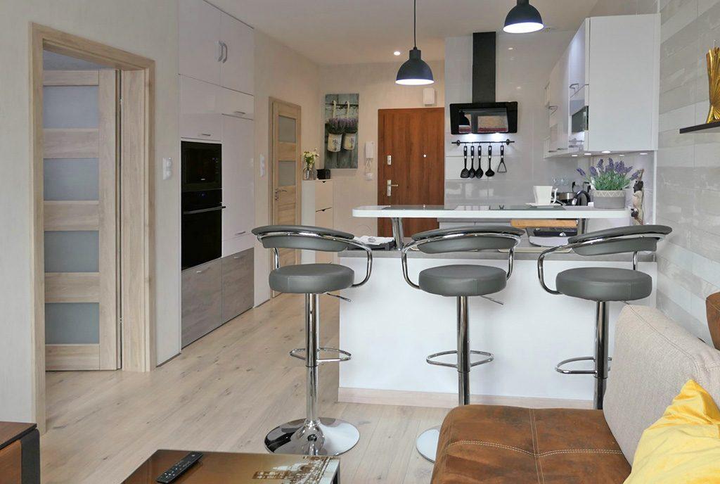 zaaranżowane w nowoczesnym designie wnętrze ekskluzywnego apartamentu do sprzedaży Kwidzyn
