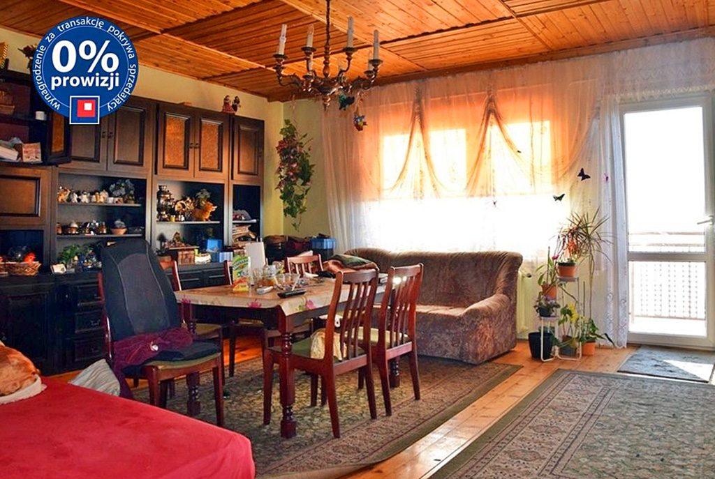 komfortowy pokój dzienny w ekskluzywnej willi na sprzedaż Bolesławiec (okolice)