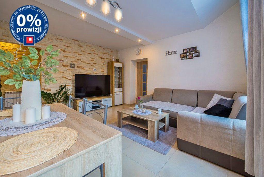 jasne i widne wnętrze ekskluzywnego apartamentu na sprzedaż Bolesławiec