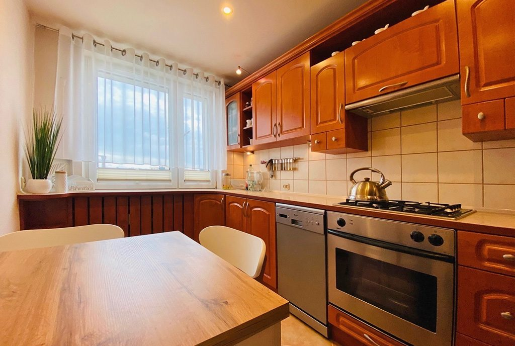 stylowa kuchnia w ekskluzywnym apartamencie na sprzedaż Katowice (okolice)