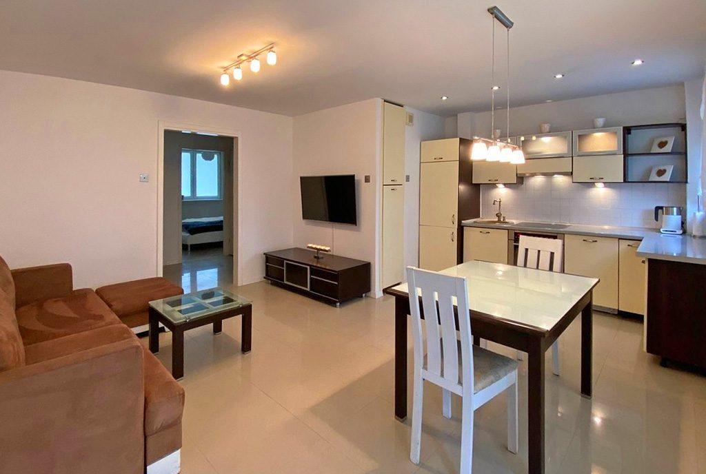 przestronne wnętrze ekskluzywnego apartamentu do sprzedaży Szczecin