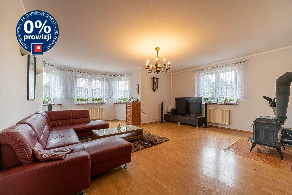 kameralny salon w ekskluzywnej willi do sprzedaży Bolesławiec (okolice)