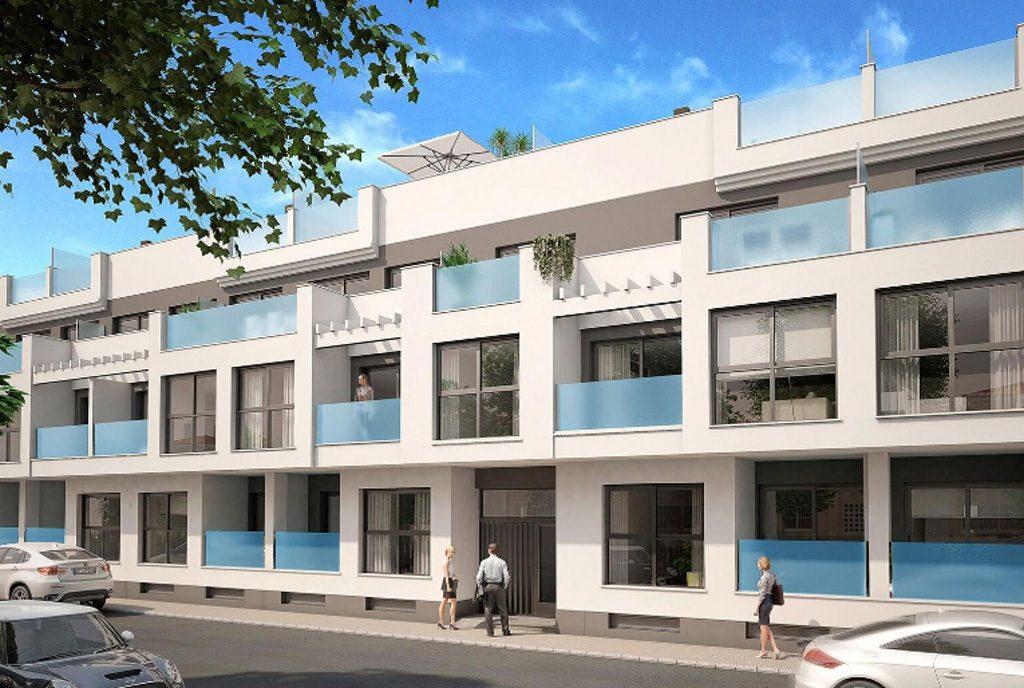 widok na apartamentowiec, gdzie znajduje się oferowany na sprzedaż luksusowy apartament hiszpania (costa blanca, torrevieja)