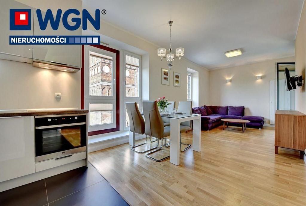 imponujące rozmachem wnętrze luksusowego apartamentu do wynajęcia Gdańsk
