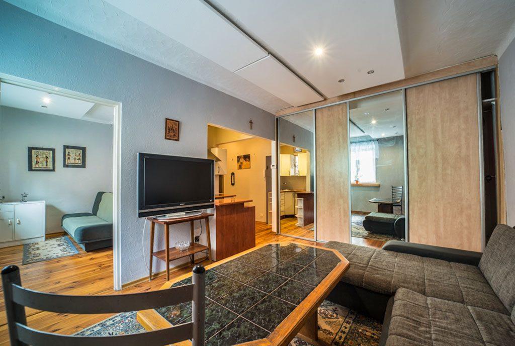 zaprojektowane zgodnie z najnowszymi trendami wnętrze luksusowego apartamentu do wynajmu Bolesławiec