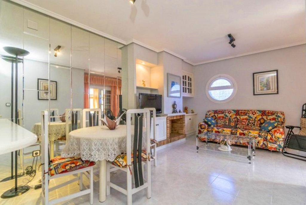 imponujące rozmachem wnętrze ekskluzywnej willi do sprzedaży Hiszpania (Costa Blanca, Orihuela Costa)