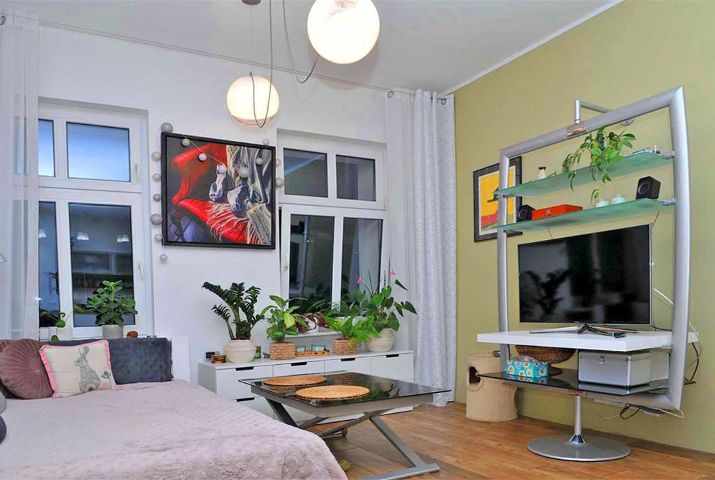 nowoczesny design salonu w ekskluzywnym apartamencie do sprzedaży Szczecin
