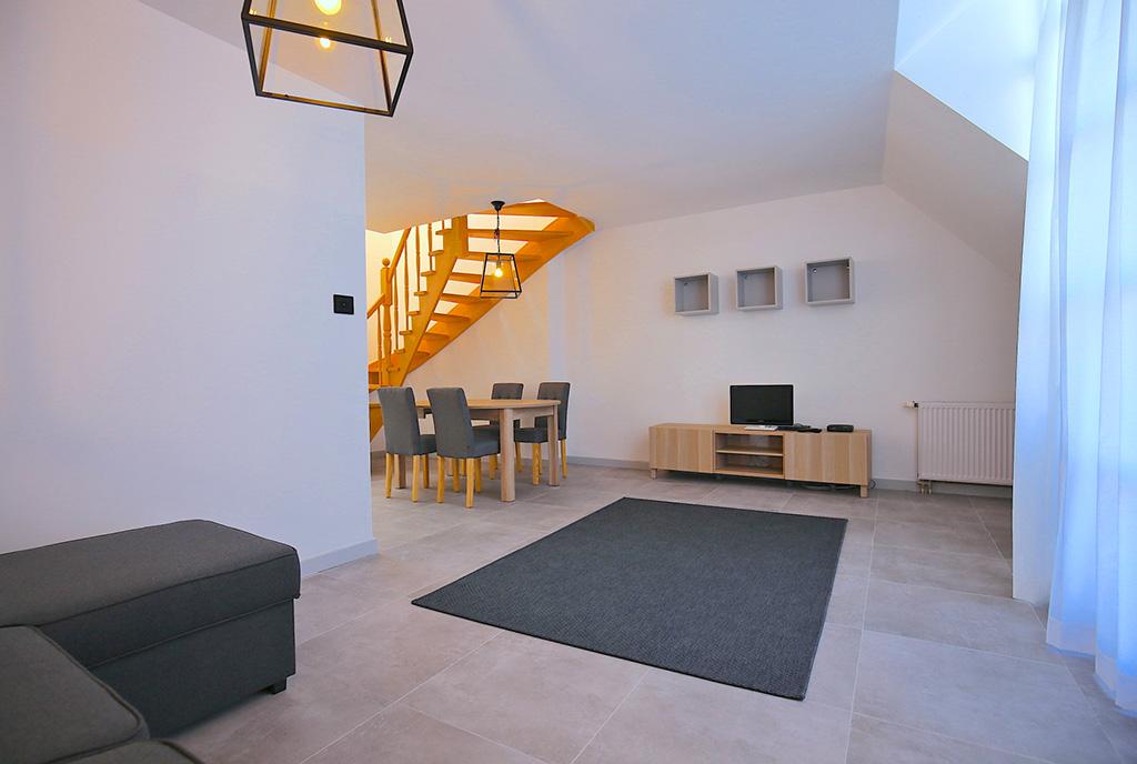 imponujące rozmachem wnętrze luksusowego apartamentu do wynajmu Szczecin