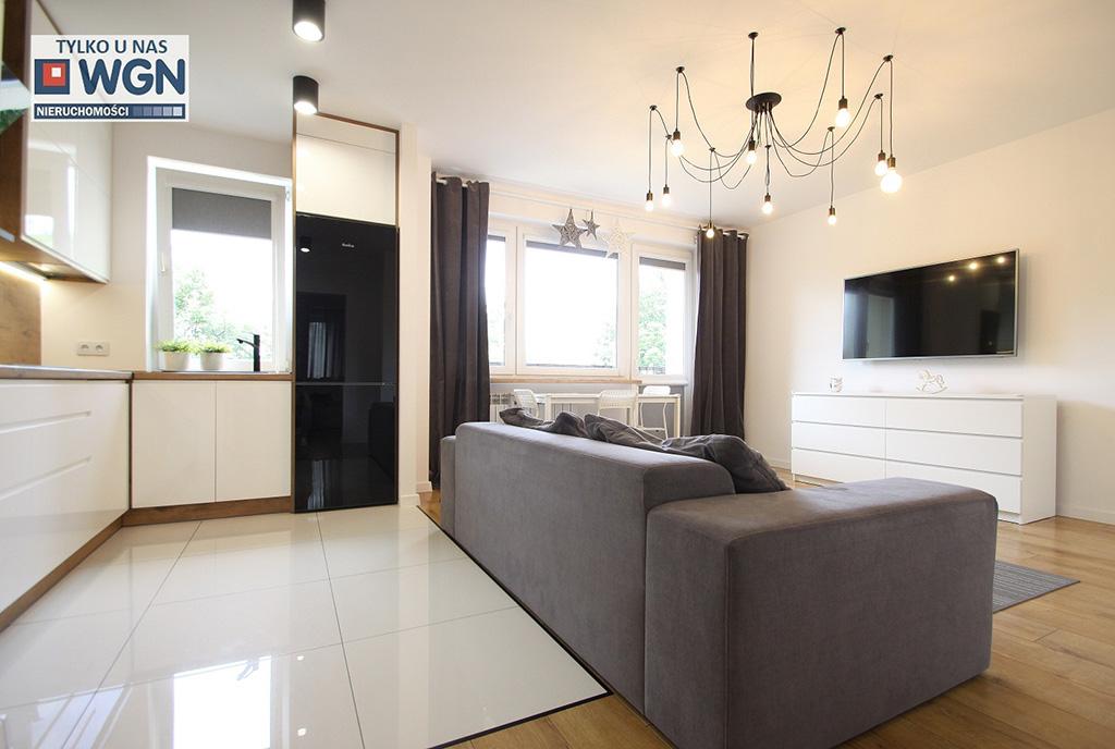 kameralne wnętrze ekskluzywnego apartamentu do sprzedaży Łódź (okolice)