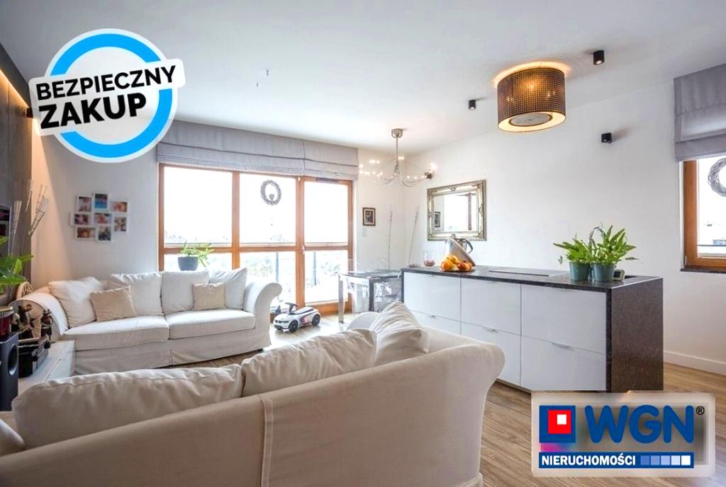 słoneczny salon w ekskluzywnym apartamencie do sprzedaży Gdańsk