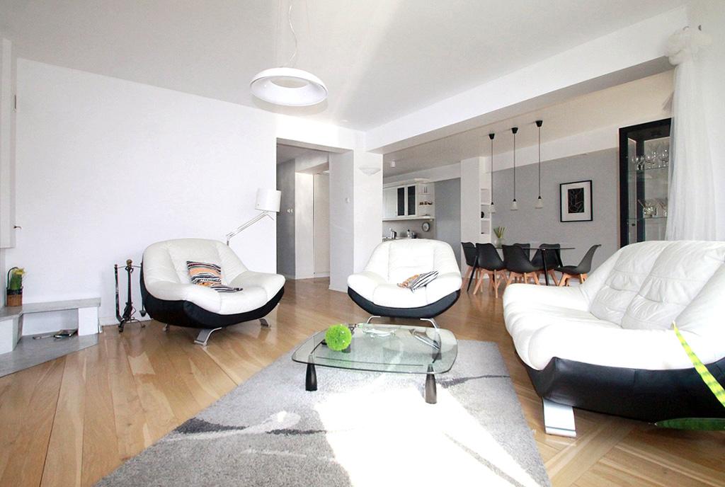 imponujący pokój gościnny w luksusowej willi do wynajęcia Sieradz