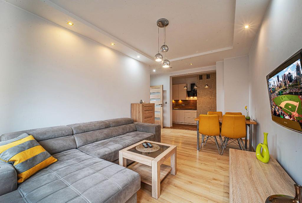 kameralny pokój gościnny w ekskluzywnym apartamencie do wynajęcia Bolesławiec