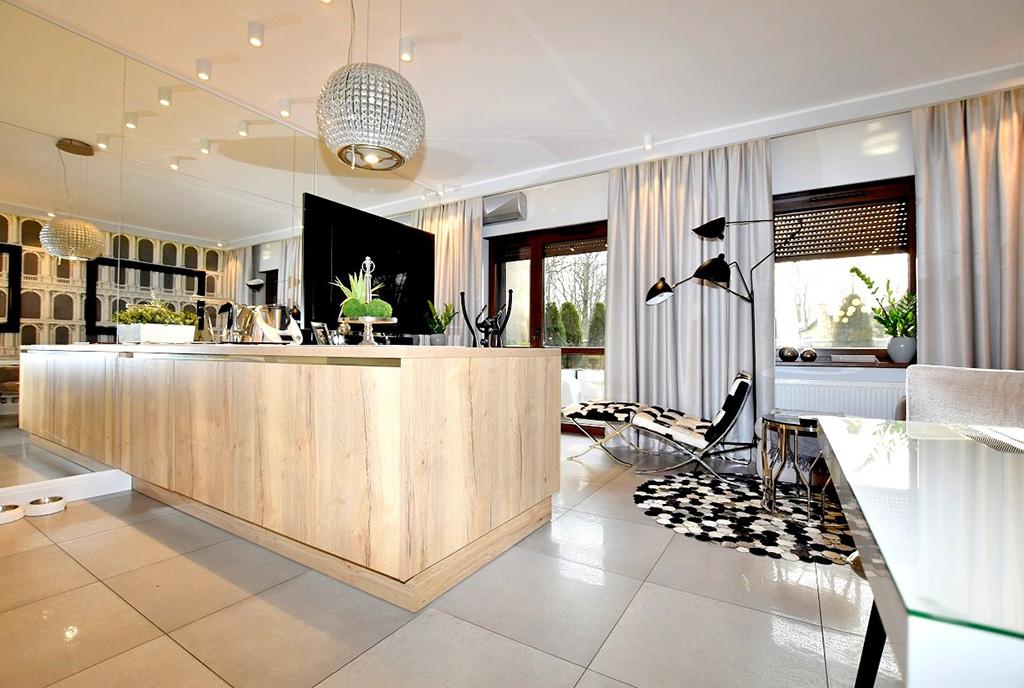 zaaranżowane w designie glamour wnętrze luksusowego apartamentu na sprzedaż Inowrocław