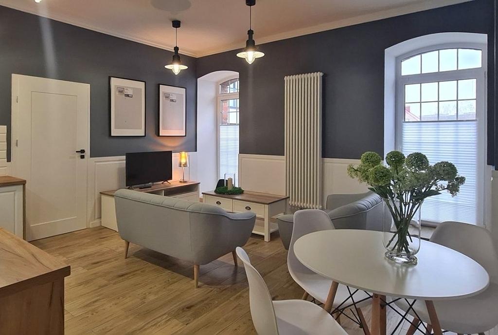 elegancki wystrój wnętrza luksusowego apartamentu do wynajmu Wieluń