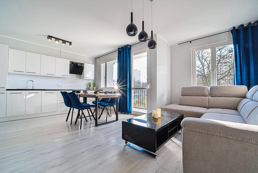 zaprojektowane z wyczuciem dobrego smaku wnętrze ekskluzywnego apartamentu do wynajęcia Bolesławiec
