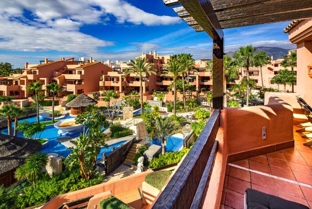 zapierający dech w piersiach taras przy ekskluzywnym apartamencie do sprzedaży Hiszpania (Costa del Sol, Malaga)